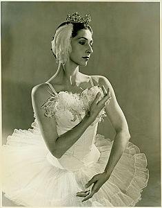 Lois Smith 8.jpg